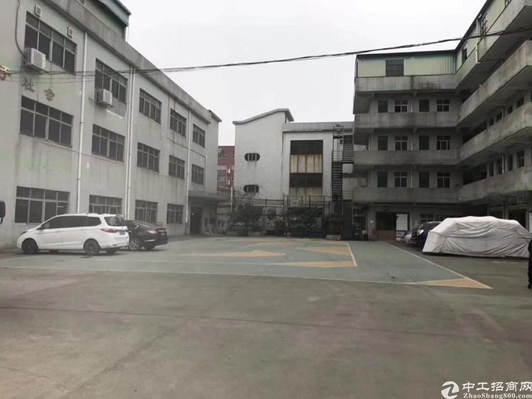 西乡固戍地铁站附近新出厂房出租,20000平可分