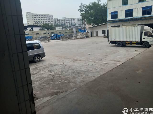 平湖清平高速路口附近独院出租