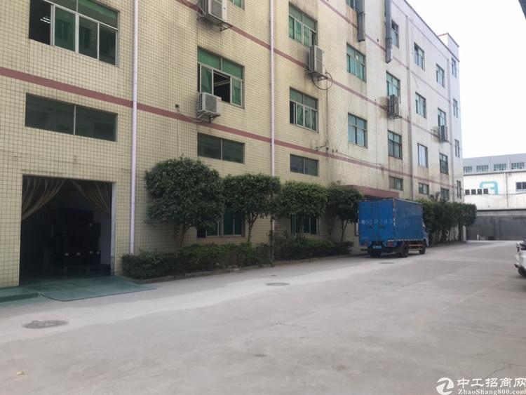龙华清湖独门独户厂房6000平厂房招租合同期长