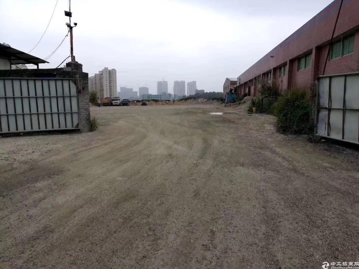 坪西北通道边100米空地出租面积6000平方