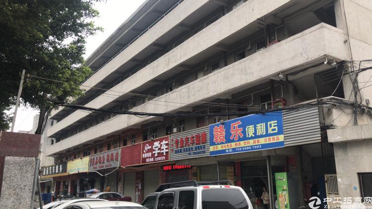 深圳市独门独院厂房出售。