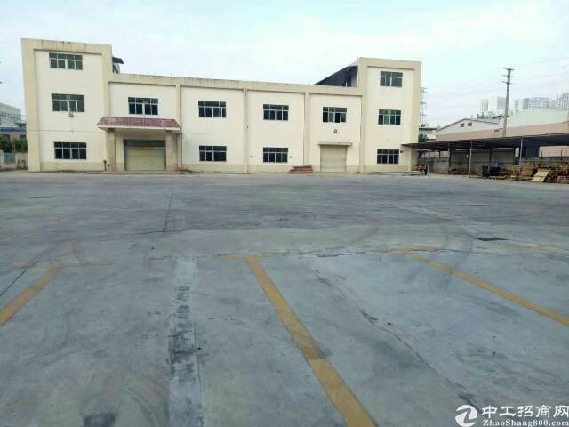 光明公明二层独院5500平米的厂房出租