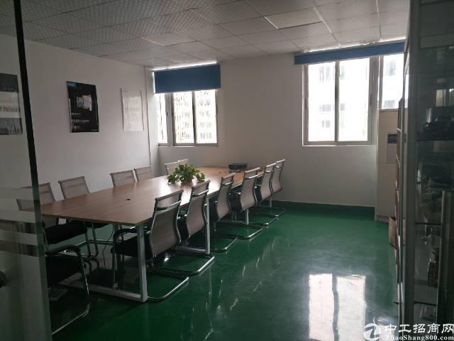 深圳沙井共和工业区附近新出装修1500平方厂房出租