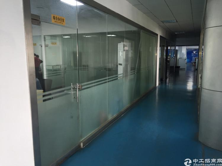 福永塘尾楼上最新出820平豪华装修厂房