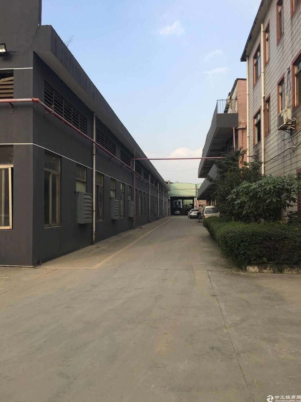 清溪靠深圳一楼标准厂房1500平,有排污证可办环评-图2