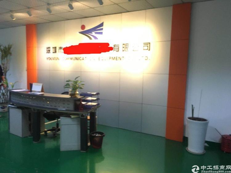 福永塘尾新出楼上精装修厂房带无尘车间面积2500平