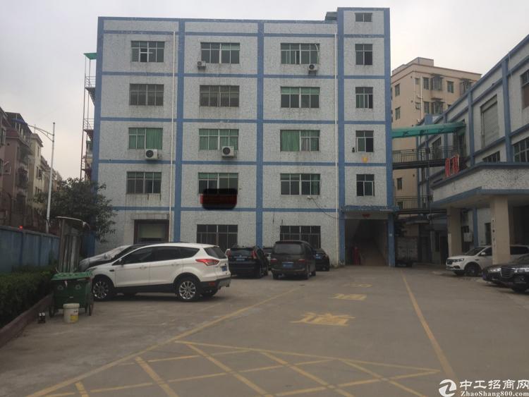 坪山六合城附近450平米标准厂房招租