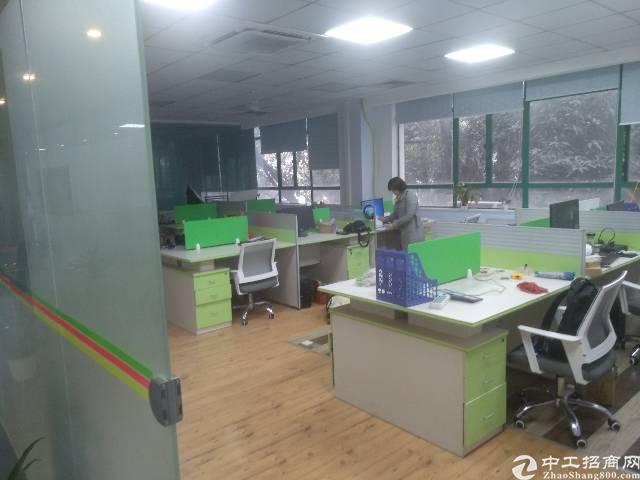 福永地铁站附近800平写字楼出租,大小可分