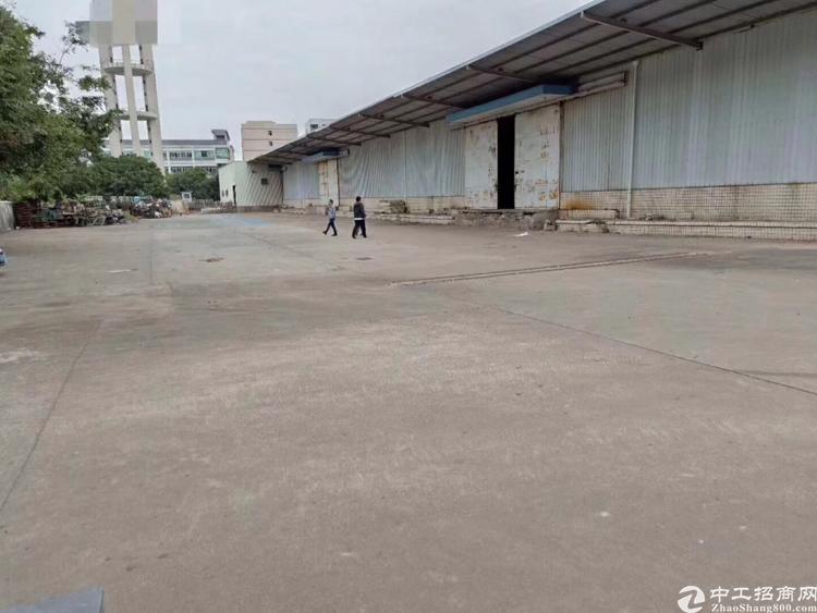 凤岗镇靠平湖3500平方米物流仓储25元出租-图4