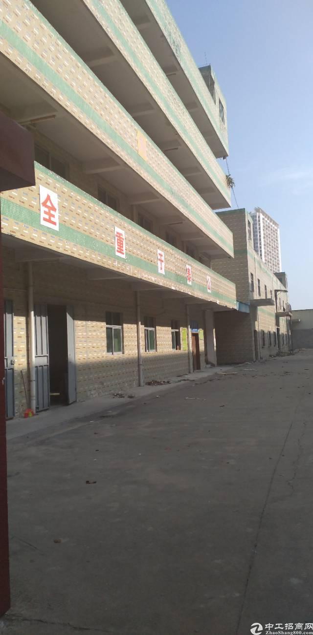 平湖街道辅城坳独院厂房7000平米出租使用率85%
