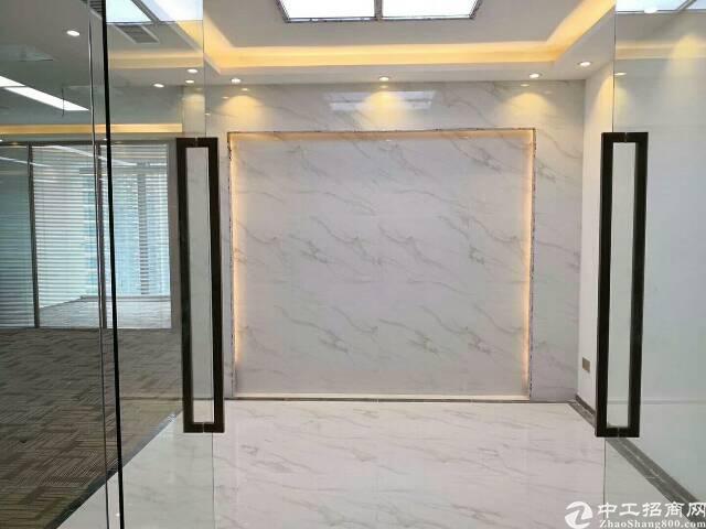 福永桥头地铁精装写字楼低价出租小户型办公拎包入住