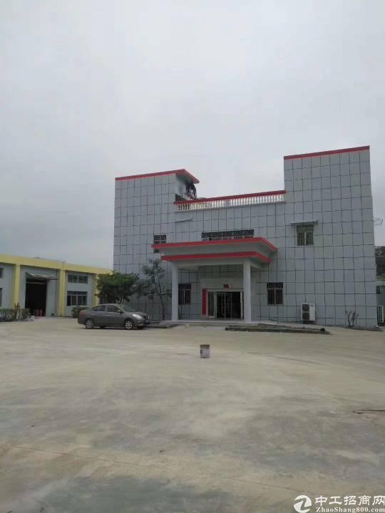 单一层砖墙钢构3500平方(可分租),滴水7米,独立办公楼两