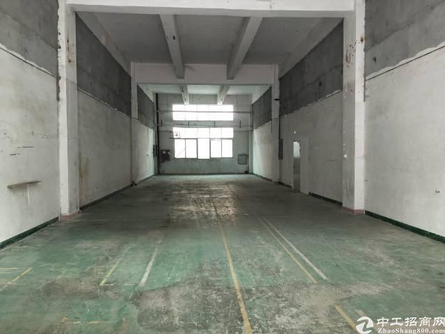 福永和平沿江高速出口一楼350平米物流仓库出租