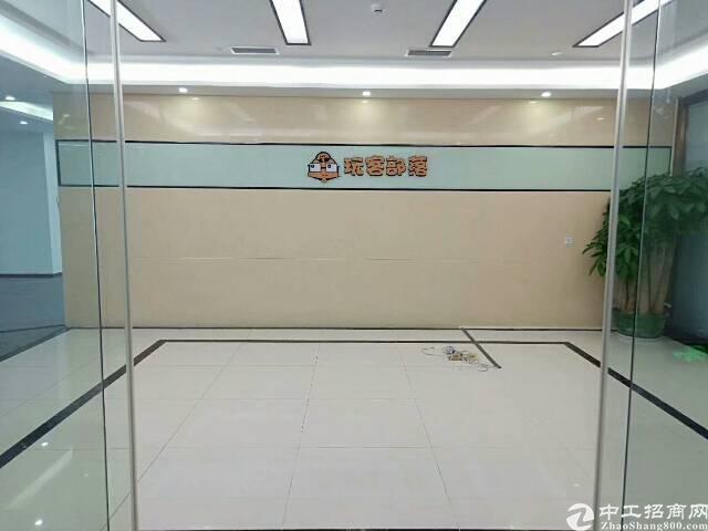福永地铁口原房栋精装大小户型拎包入住办公室98平方