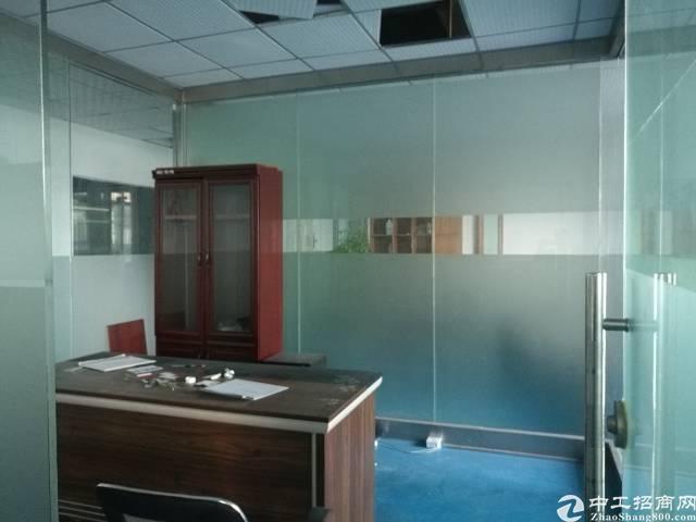 西乡九围村委会附近楼上带装修楼上1050平米厂房出租