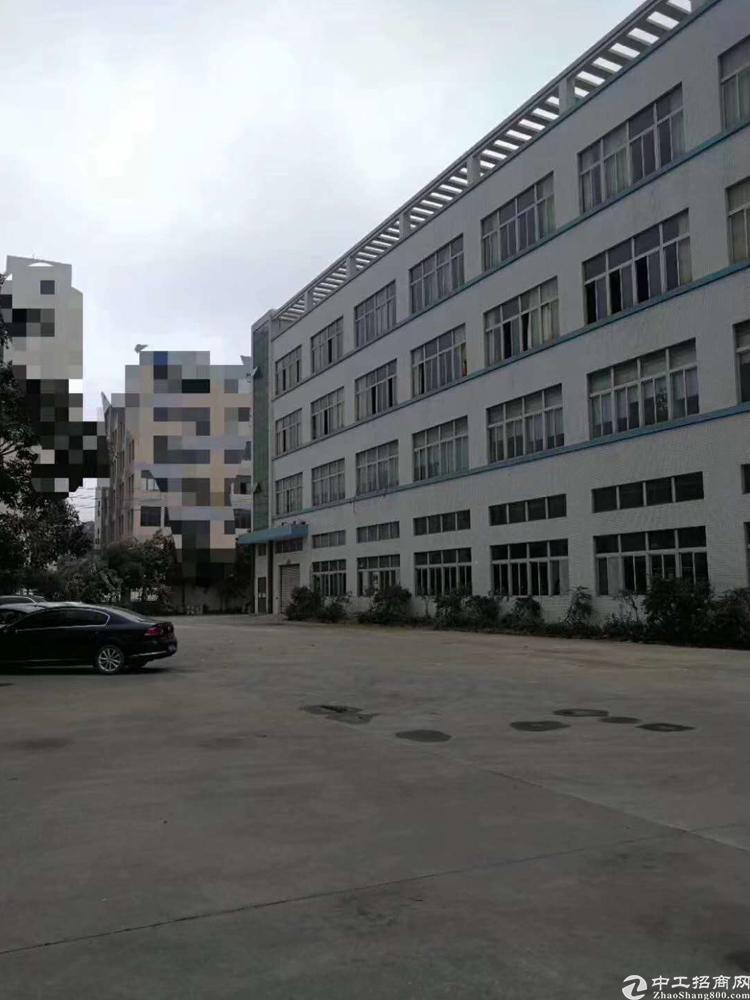 凤岗花园式独门独院的厂房1到4层,3万多平方可分租