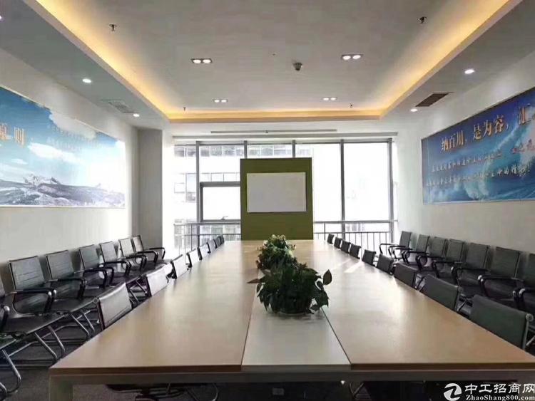 龙华地铁站200米处精装办公室出租