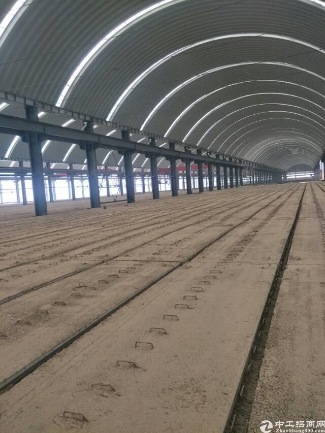 黄陂汉口北标准装配式生产厂房3000平,有行车,长180米
