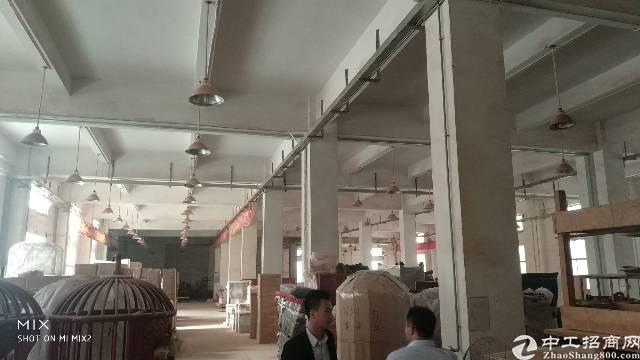 龙岗坪地标准厂房一楼3200平出租-图2
