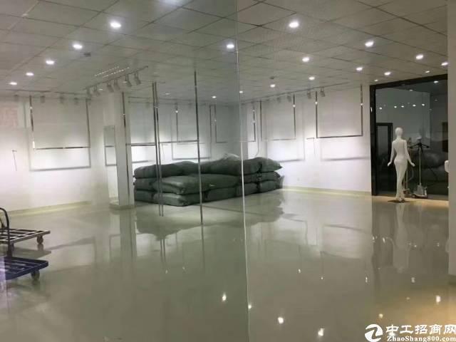 坂田杨美楼上1000平带装修厂房低价出租