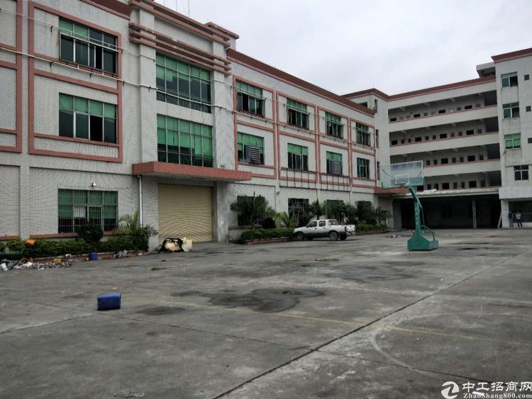 寮步独院每层2680平方共8040,三层可以按需求分租