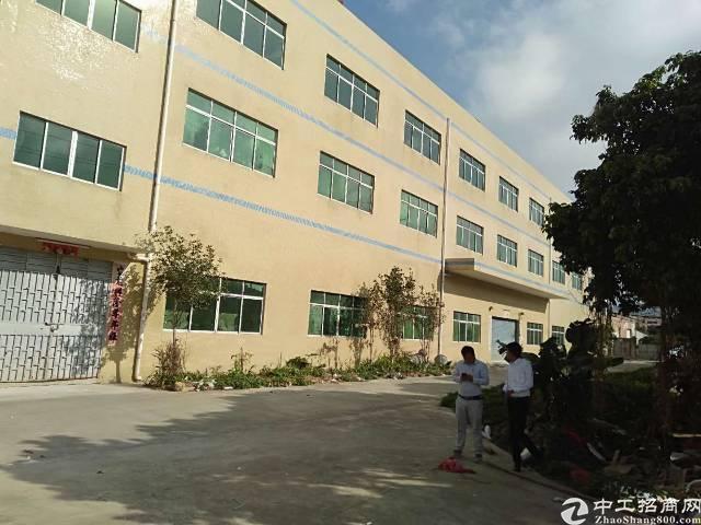 深圳两公里厂房出租价格10元