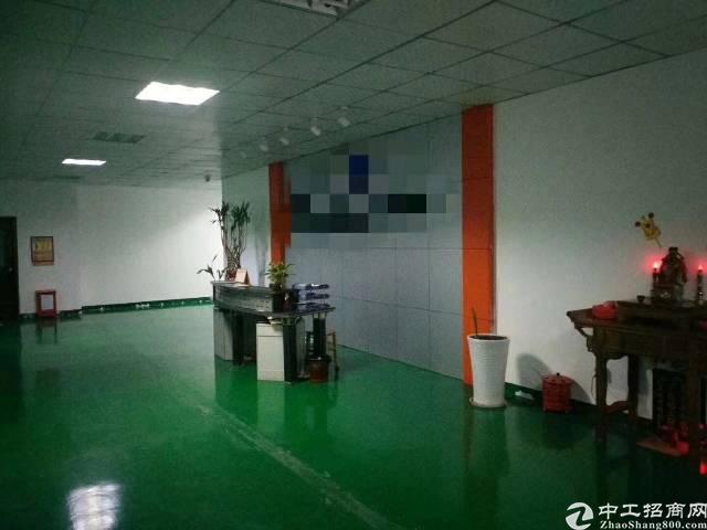 福永塘尾高速出口二楼整层2500平米精装修厂房
