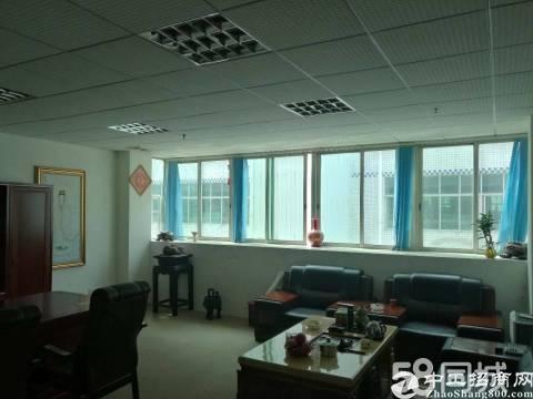 坪山大工业区新出3楼1253平现成装修办公室招租