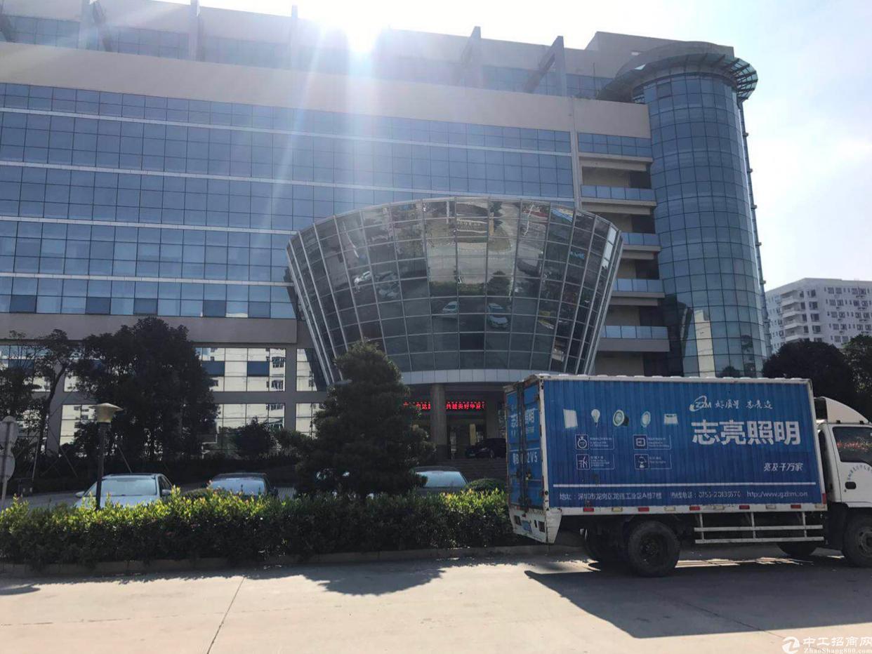 坪山翠景路标准厂房三楼5500平方实际面积出租可分租