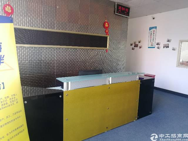 龙华大浪商业中心附近独门独院三楼精装修600平无公摊厂房出租