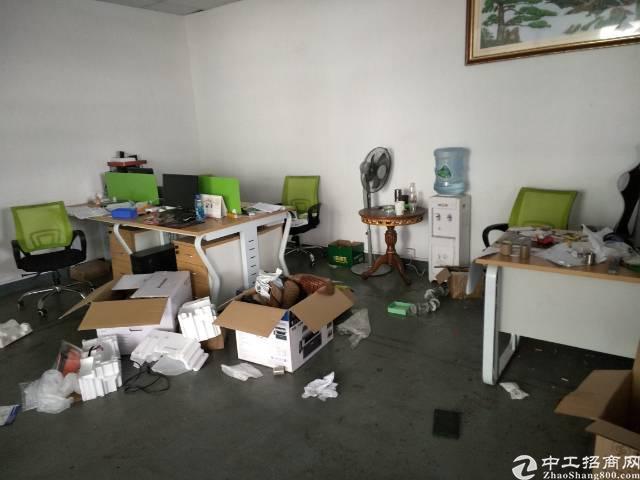 深圳沙井新玉路边上新出楼上350平方厂房出租
