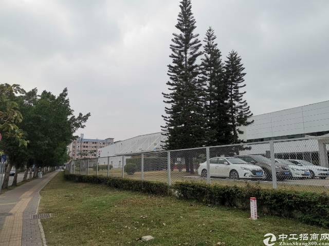 深圳红本厂房,占地2700,建筑4600,售价5000万