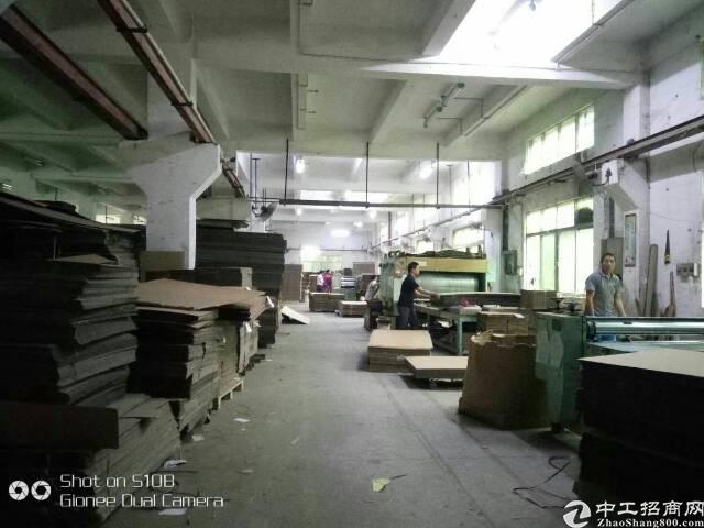 松岗107国道大型工业区潭头一楼整层1750平米厂房出租