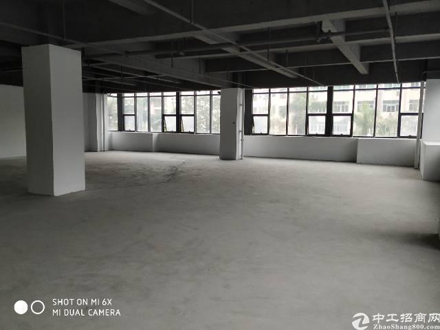 宝安西乡航空路附近工改项目标准厂房500平方出租