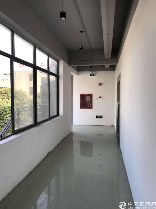 沙井万丰九八工业城楼上380平方厂房招租