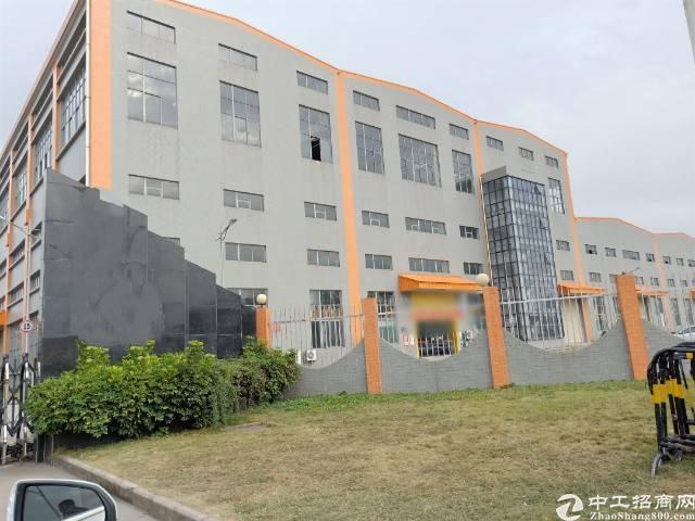 深圳坪山第一高重工业钢构厂房3万平出租滴水高15米