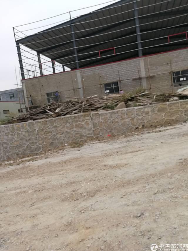 镇隆镇占地2100㎡建筑4000㎡村委合同厂房出售 M1H2