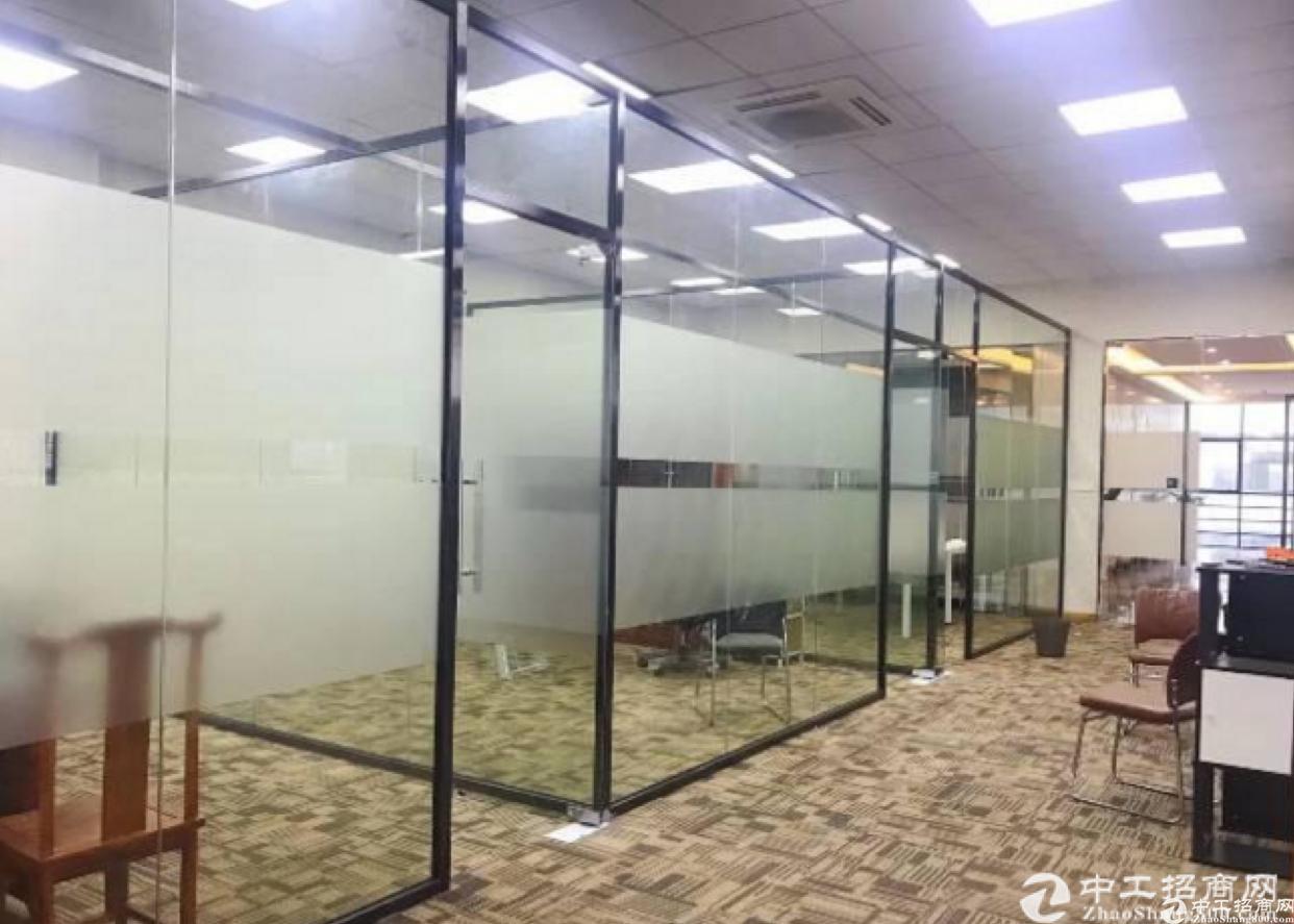 杨美地铁站1600平方精装修厂房.