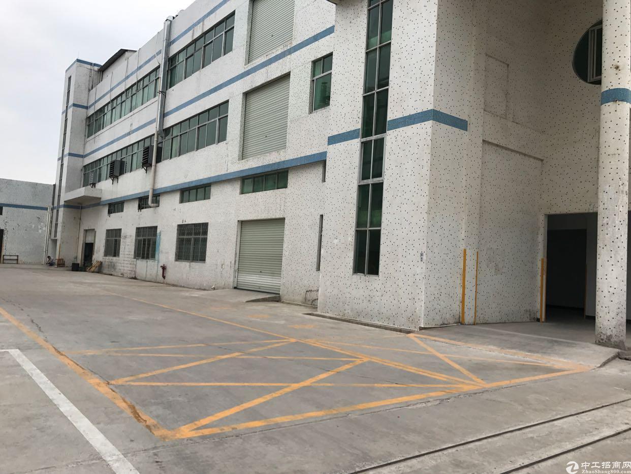 衙边三楼300平方米精装修厂房出租