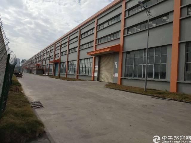 深圳市坪山区工业园15米钢构厂房招租!可分租,证件齐全