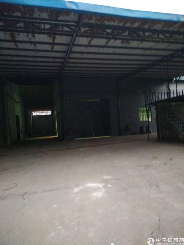 龙岗龙东爱南路铁皮厂房300平仅租2000