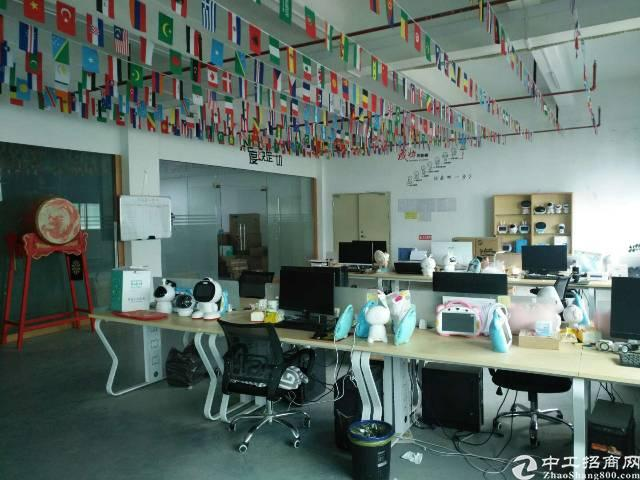 沙井镇新桥第三工业园区楼上800平方带装修厂房有红本