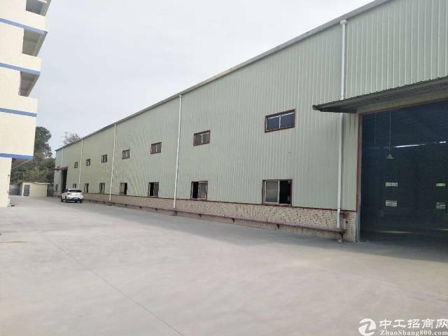 园洲占地8000平方砖墙到顶单一层厂房出售