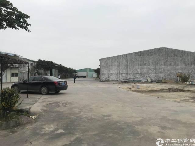 长宁建筑7000平方超大空地厂房出售