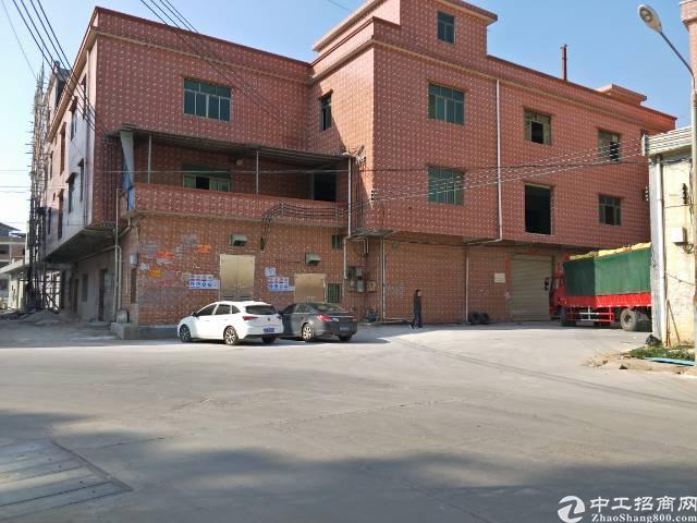 企石镇原房东独院标准厂房1-3层4000平方租13元