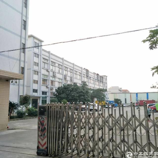 企石镇原房东独院标准厂房1-3层7500平方