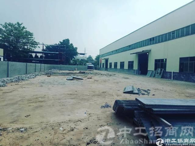 南城工业区新出单一层厂房仓库5000平方米招租