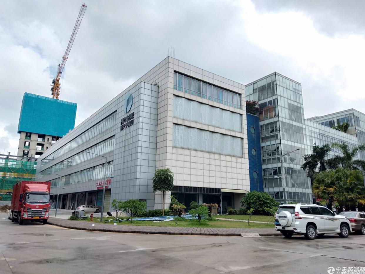 布吉上李朗单层2600平方厂房大小可以分租.