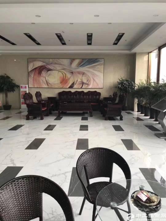 布吉丹竹头地铁站电商园118平起租