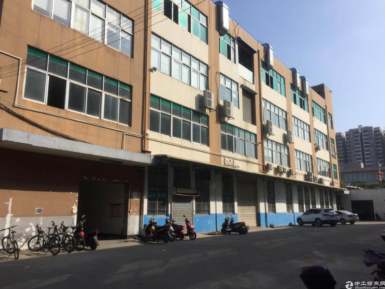 沙井后亭第二工业区附近新出楼上1500平方带装修厂房出租